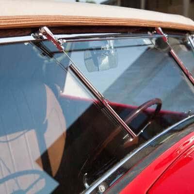 Ford V8 DeLuxe 2 Door Roadster 1936 14