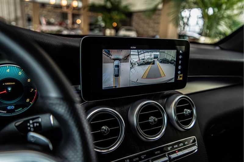 Mercedes-Benz GLC Coupé 300 4MATIC   360° camera   Panorama   Widescreen   Keyless afbeelding 19