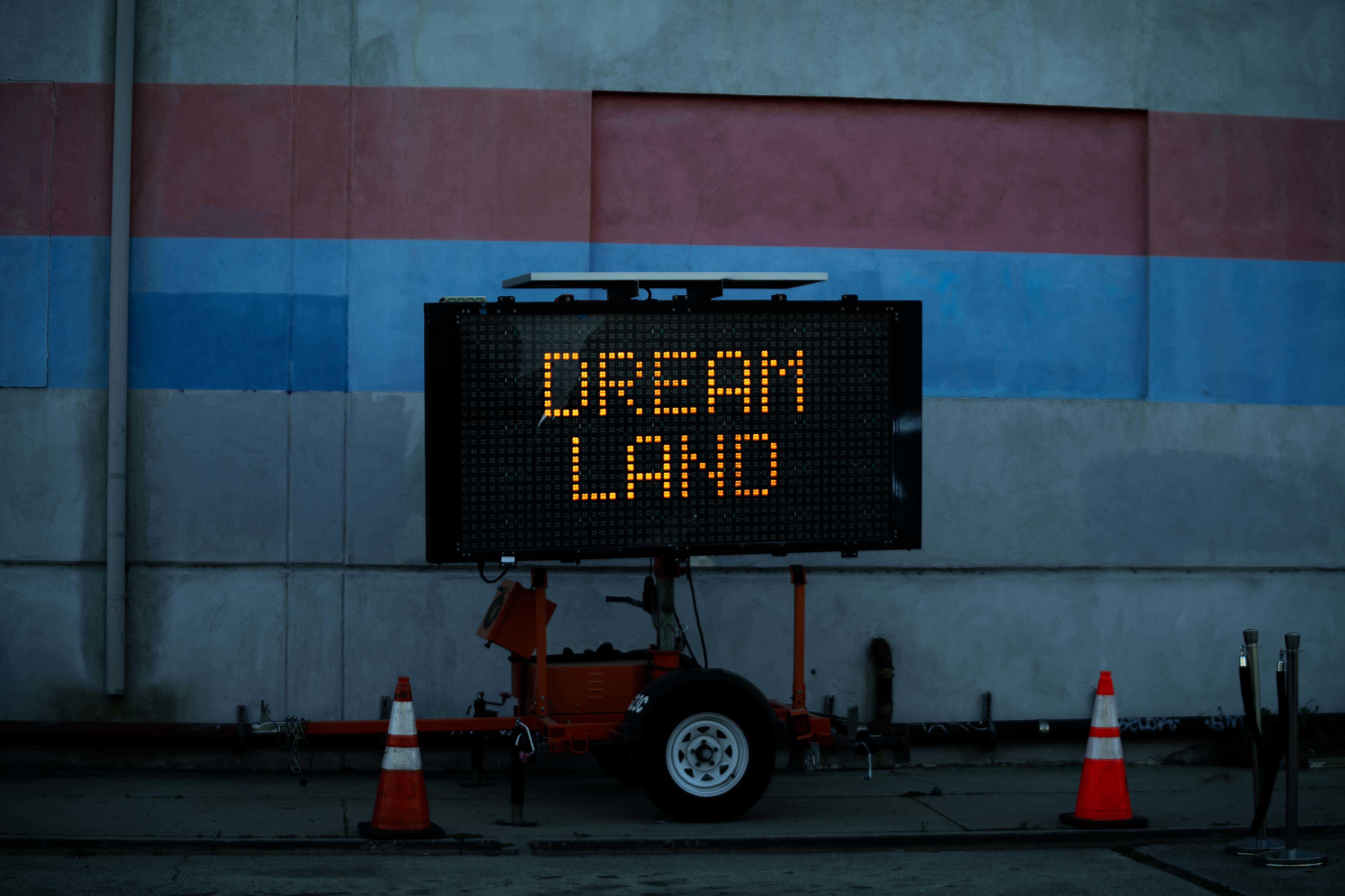 LED road sign