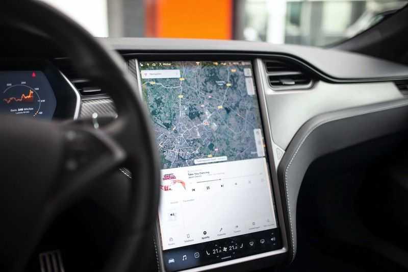 "Tesla Model S 100D Performance *Verb. Autopilot / 21"" LM / Pano* afbeelding 12"