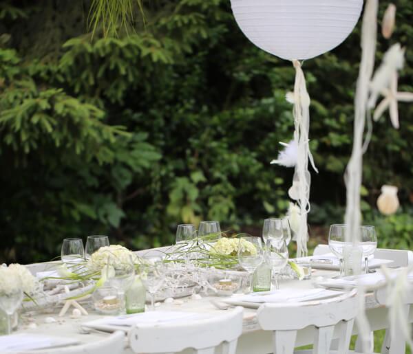 mesa celebración al aire libre