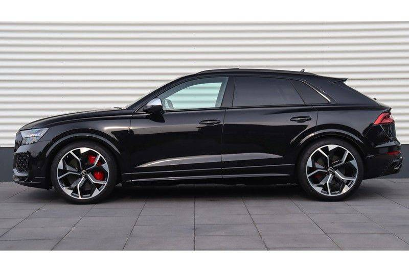 Audi RS Q8 4.0 TFSI Quattro RS Dynamic Plus, B&O, Keramisch, Panoramadak afbeelding 2