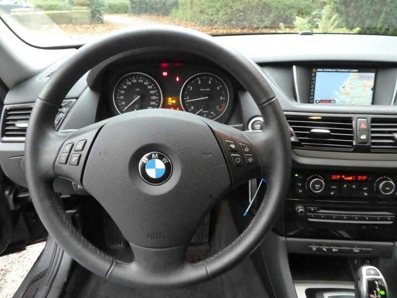 BMW X1 sDrive20i afbeelding 6