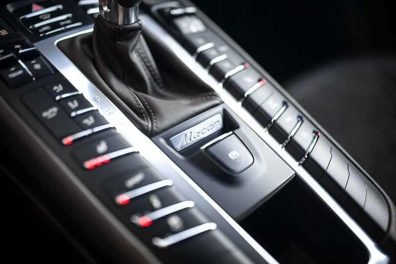 Porsche Macan 2.0 *BOSE / PASM / PDLS+ / PVTS+ / Stoel- & Stuurverwarming* afbeelding 20