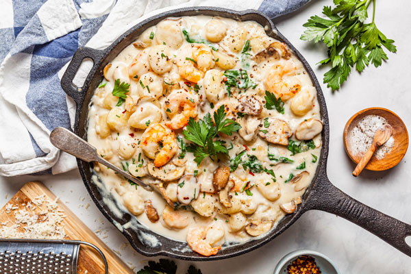 One Pan Creamy Gnocchi With Shrimp and Spinach