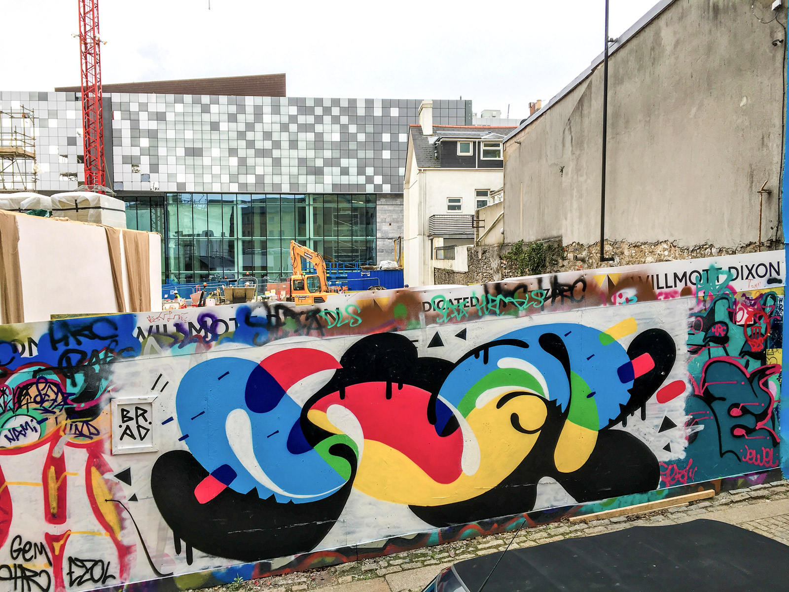 willmott-dixon-legal-graffiti-wall-the-box-plymouth
