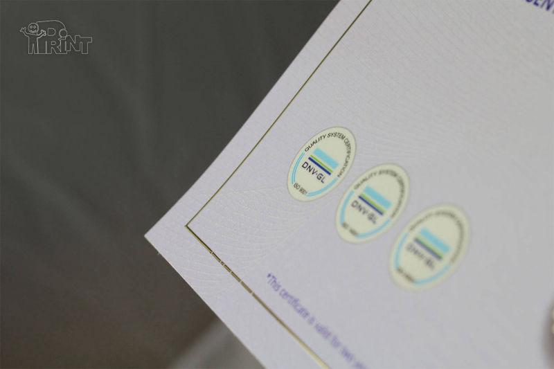UV lakas ir tekstūra