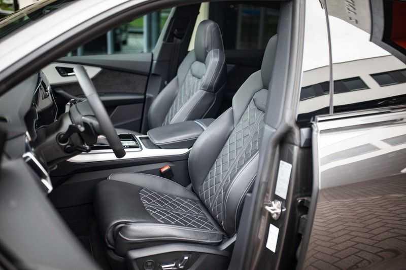 """Audi Q8 50 TDI Quattro *S-line / 23"""" / Panorama / Matrix-LED / Standkachel* afbeelding 8"""