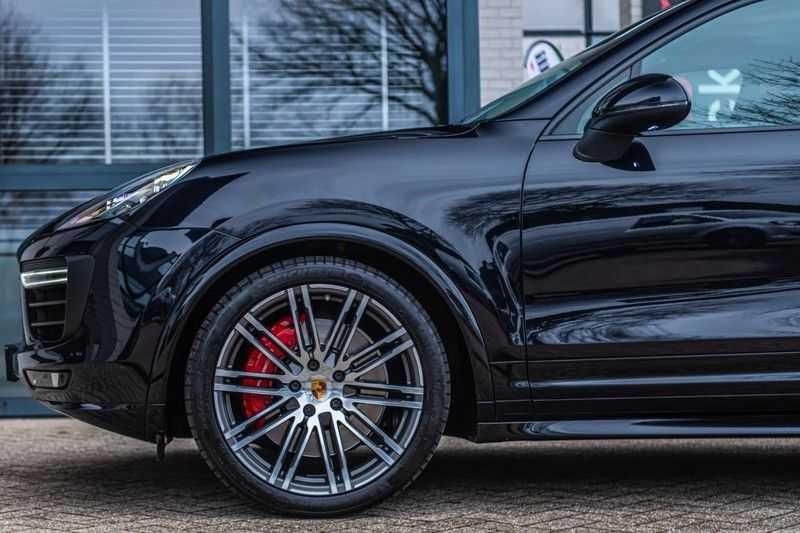 Porsche Cayenne 3.6 GTS, 441 PK, Sport/Design, 18/Way Seats, PASM, Pano/Dak, Bose, Soft/Close, Sportuilaat, 84DKM!! afbeelding 13
