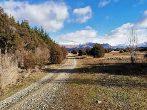 Trail between Albert Town and Hawea