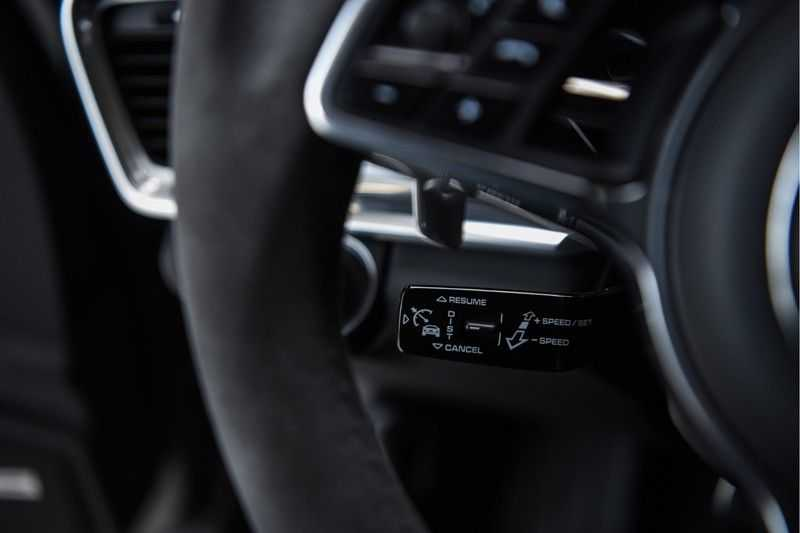 Porsche Panamera GTS Sport Turismo 4.0 | BOSE | Panorama | Alcantara | Comforttoegang | PDLS | PASM afbeelding 16