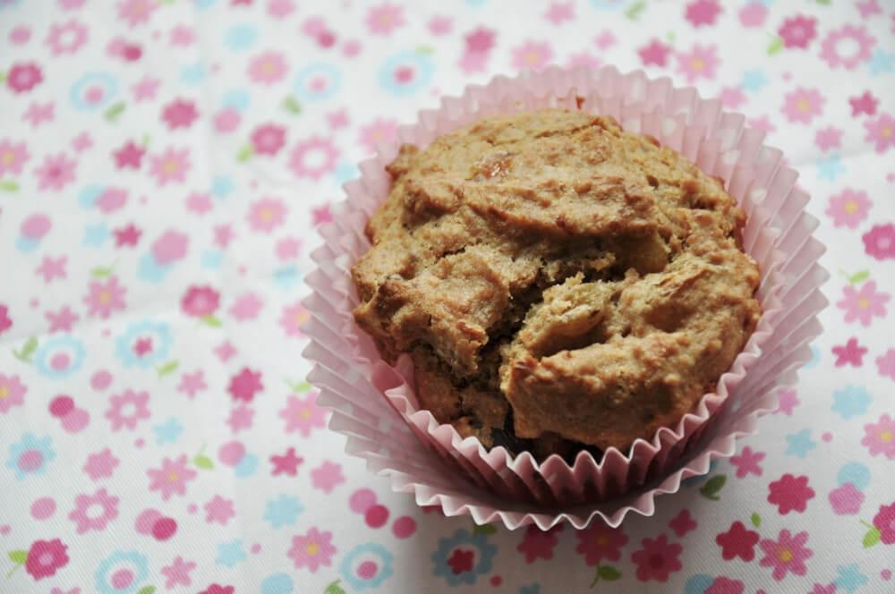 Rye Muffin with Longans and Raisins