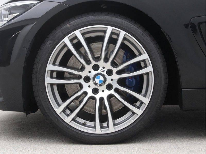 BMW 4 Serie Coupé 440i High Executive M-Sport afbeelding 22