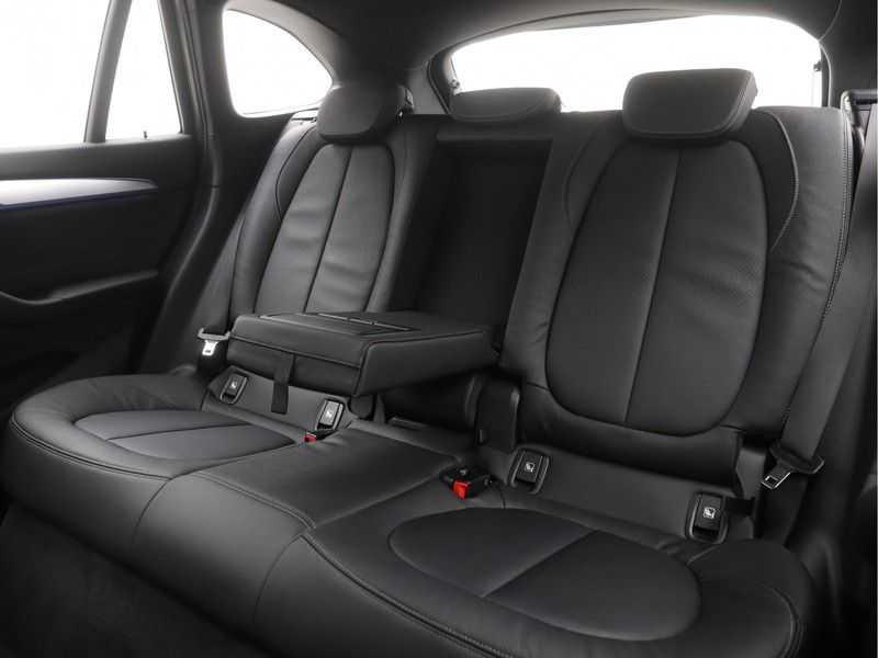 BMW X1 xDrive25e High Executive M-Sport Automaat afbeelding 15