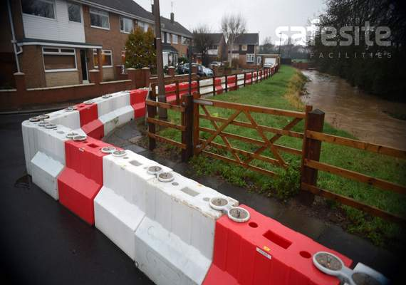 900mm flood barriers in place