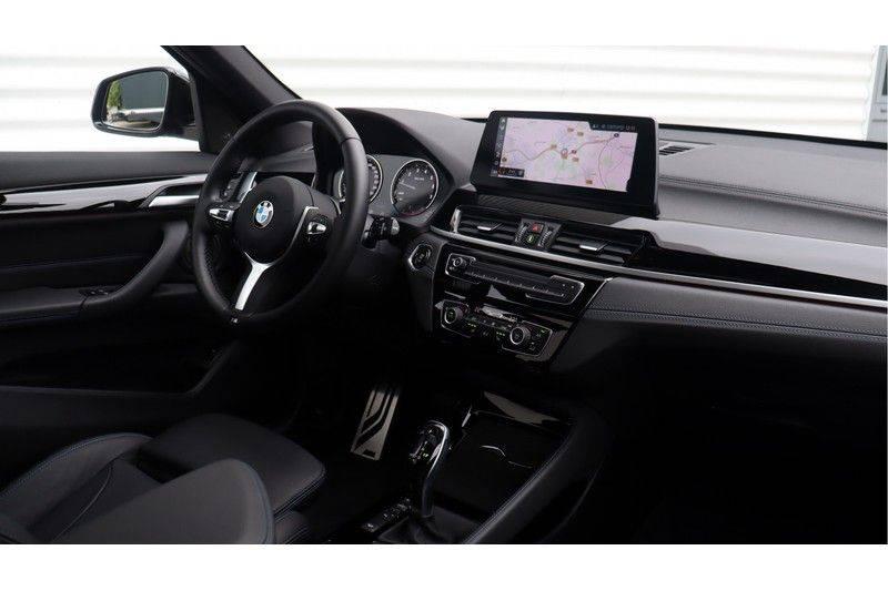 BMW X1 xDrive20i High Executive M Sport Panoramadak, Head-Up Display, Leder, Trekhaak afbeelding 6