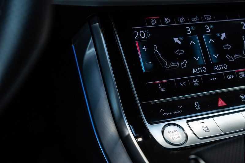 Audi Q8 55 TFSI quattro 3x S-line | PANO | 4 wielsturing | Tour | Trekhaak | Matrix LED | afbeelding 19