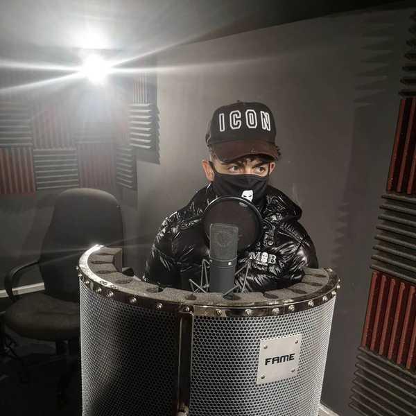 Yxng Dave back in the studio ⌛