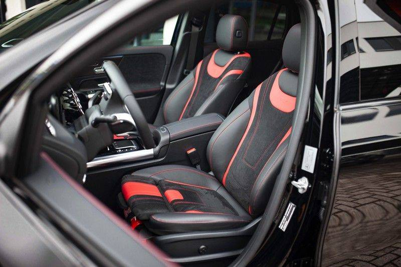 Mercedes-Benz GLA 200 AMG Line *Pano / HUD / Memorystoelen / 360 Cam / Burmester* afbeelding 5