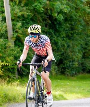 Dan Furze, cycling duration a triathlon race.