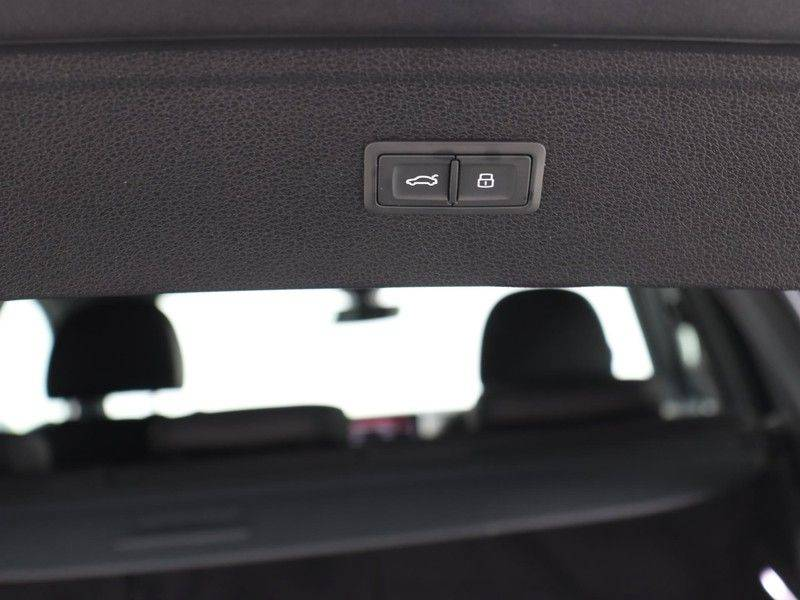 Audi Q5 50 TFSI e 299 pk quattro S edition | S-Line | Trekhaak | Elektrisch verstelbare/verwarmbare voorstoelen | Privacy Glass | Verlengde fabrieksgarantie afbeelding 22