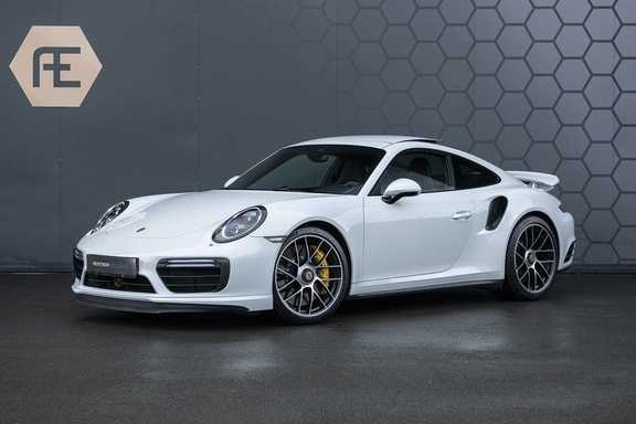 Porsche 911 Turbo S 991.2 3.8 Carbon seats + Keramisch + 4-wiel best. + NP € 331.000,- + Dak + Carbon + Bose + Carplay + ACC