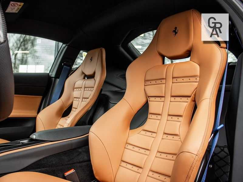 Ferrari 812 Superfast 6.5 V12 HELE | Daytona Carbon Seats | Lift | afbeelding 5