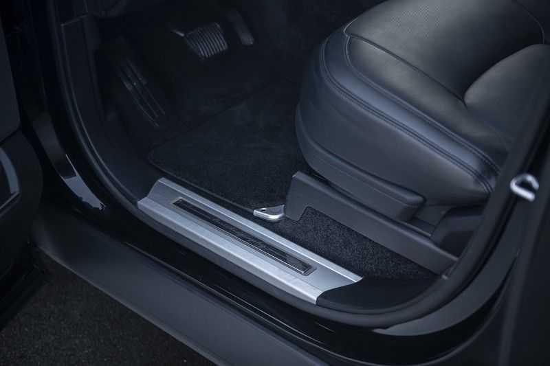 Land Rover Range Rover P400e LWB Autobiography Rear Executive Class Seats afbeelding 22