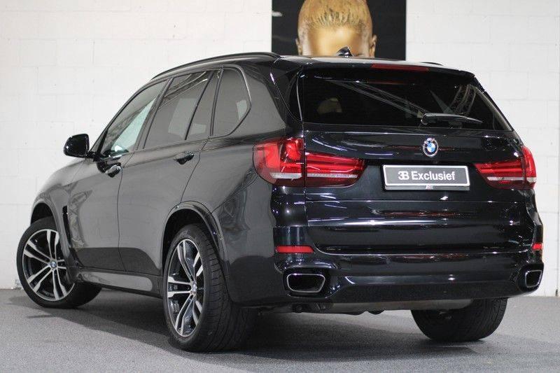 BMW X5 xDrive50i High Executive Pan.dak, Surr. view afbeelding 2