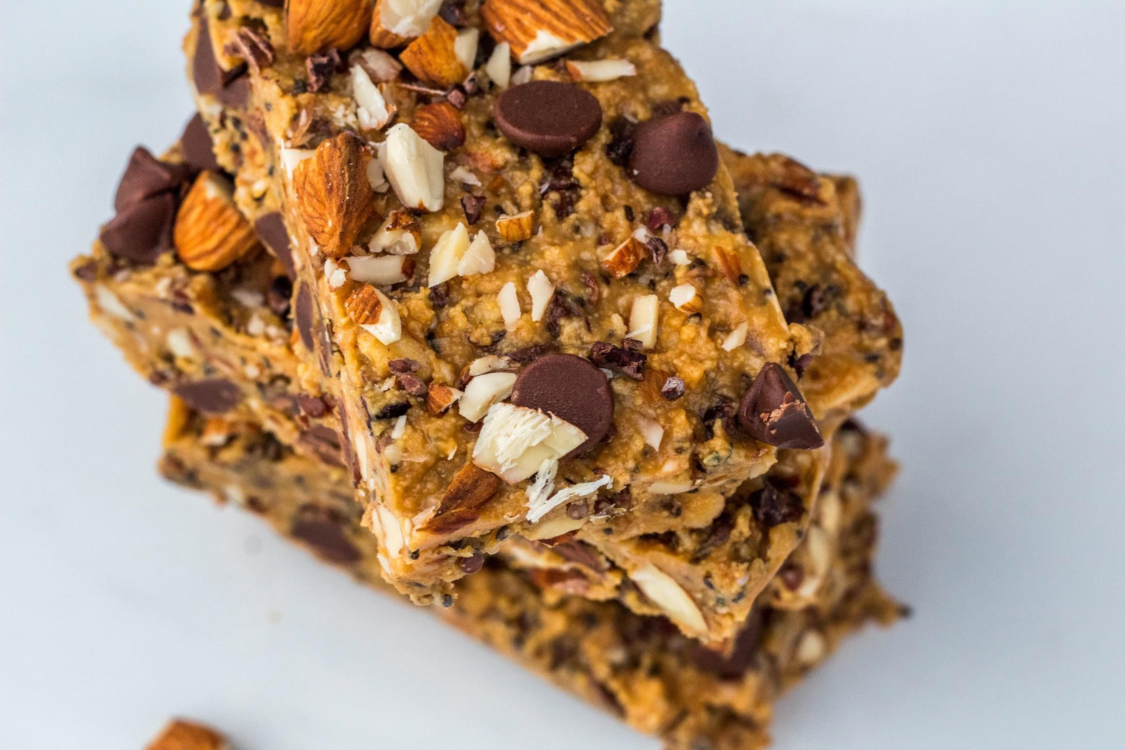 Crunchy chocolate almond peanut butter bars