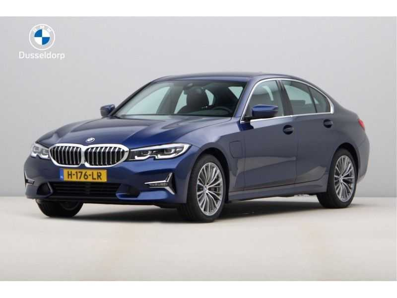 BMW 3 Serie 330e eDrive Edition High Executive afbeelding 1