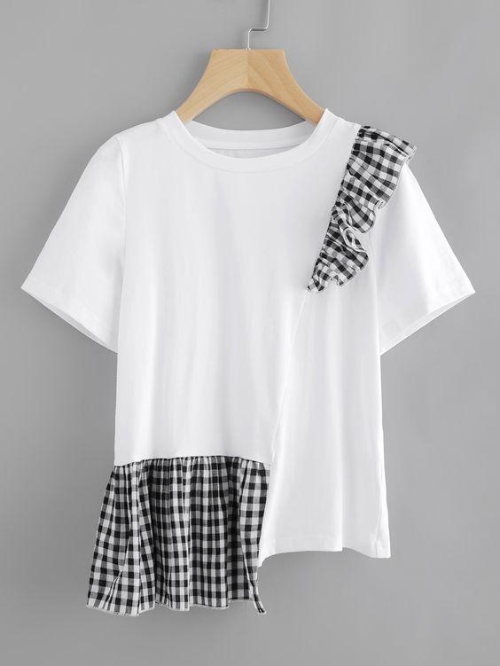 T-shirt blanc basique upcyclé avec des carreaux vichy