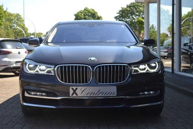 BMW 7 Serie 750Ld xDrive Ex. Lounge Pakket B*W afbeelding 2