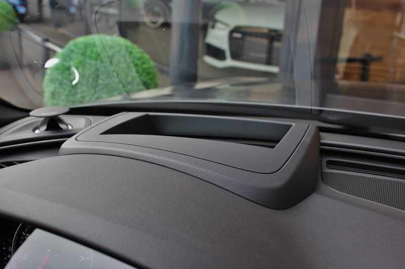 Audi RS6 4.0 V8 560pk Quattro **Carbon in.ext./HUD/Pano.dak/ACC/Bang.Olufsen** afbeelding 14