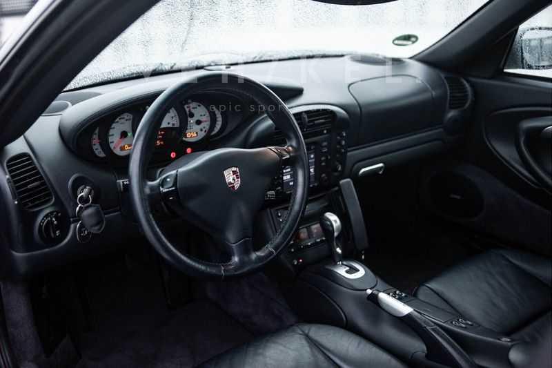 Porsche 911 3.6 Coupé Carrera 4 // Nachtblau // Mint condition afbeelding 12