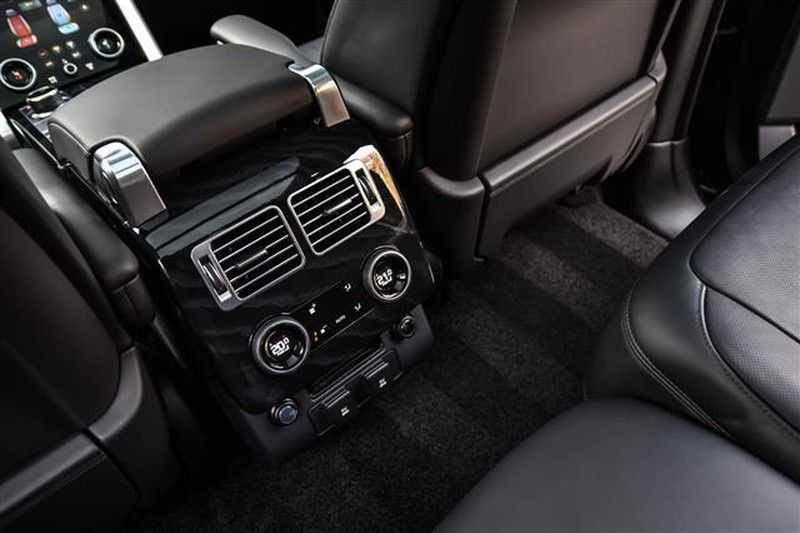 Land Rover Range Rover P400 3.0-V6 AUTOBIOGRAPHY BLACK PACK NP.193K afbeelding 4