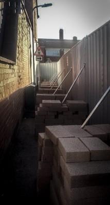 Rugby steel hoarding block braces