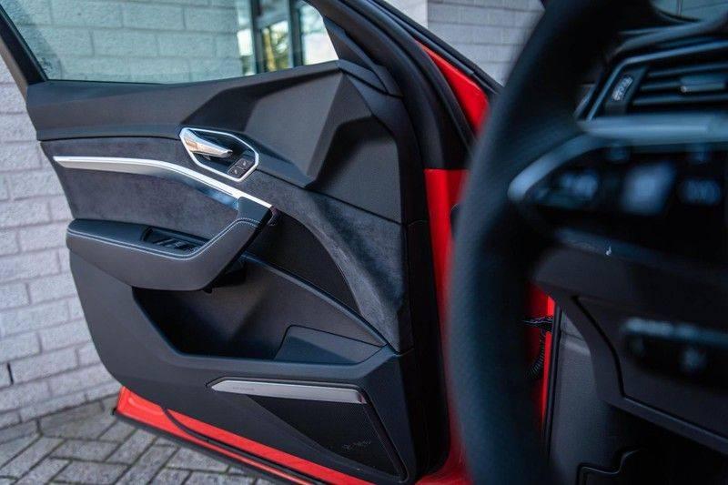 Audi e-tron 55 Quattro Advanced Exterieur, 408 PK, 4% bijtelling, Head/Up display, Pano/Dak, Night/Vision, S-line interieur, 15DKM afbeelding 18