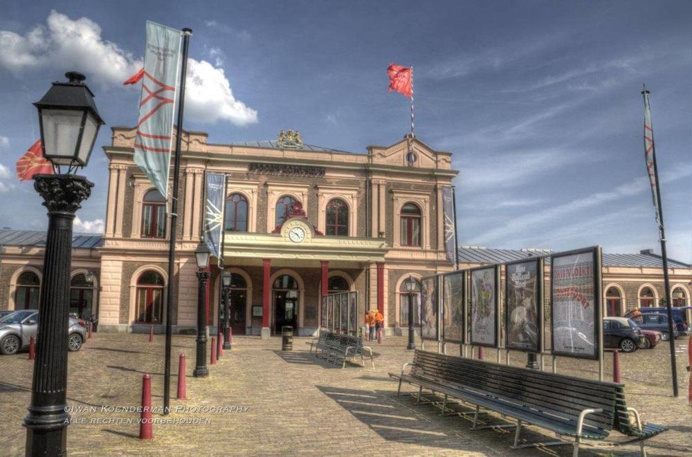 HDR foto van voorzijde Spoorwegmuseum in Utrecht | advies en ondersteuning in social selling aan mkb