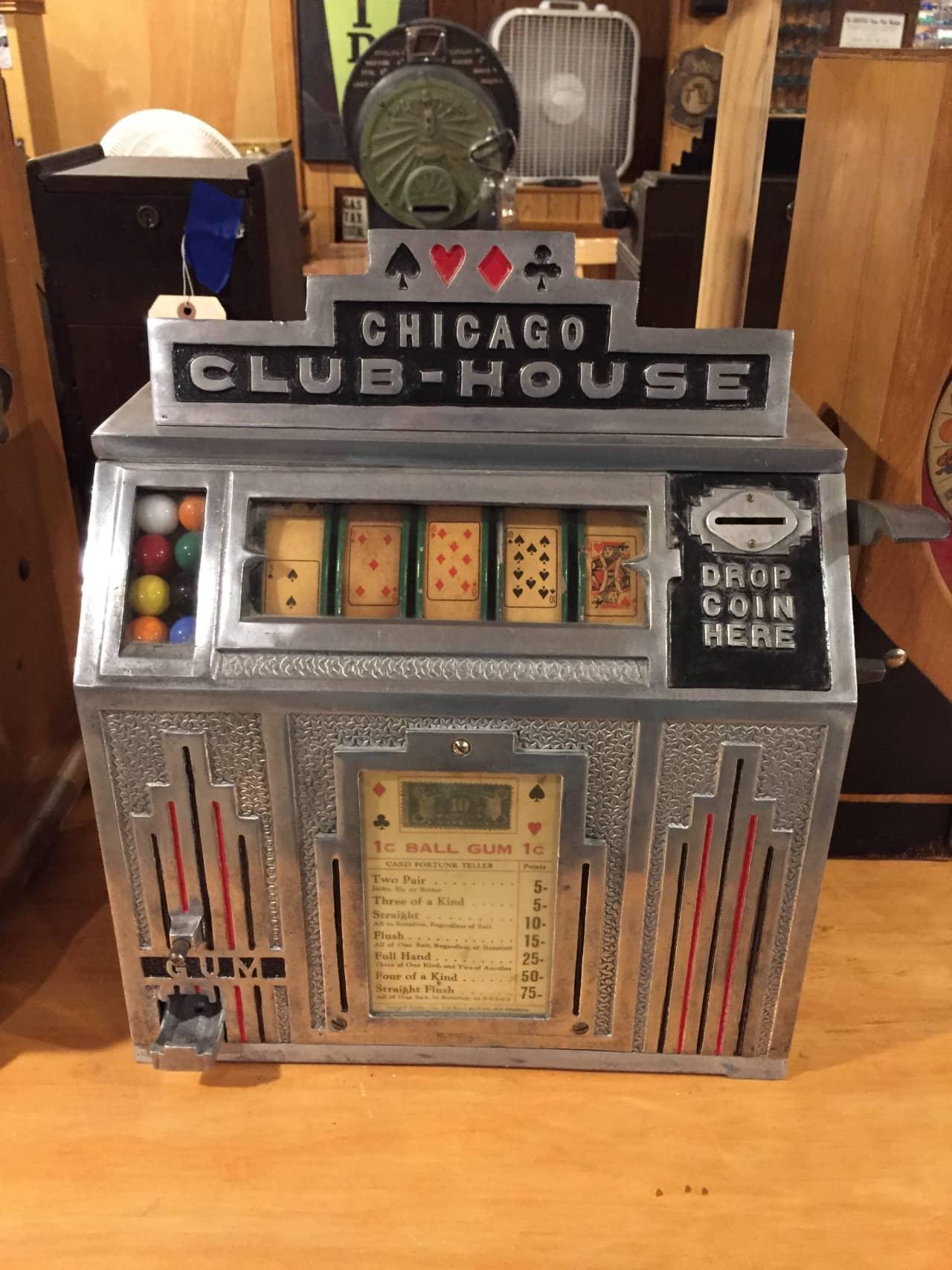 Daval Chicago Club House