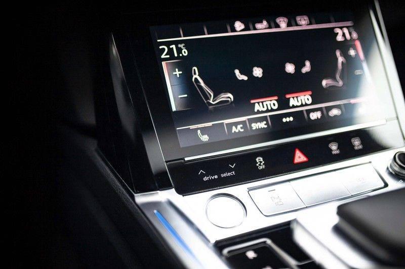 Audi e-tron 55 Quattro *4% Bijtelling / Prijs Ex. BTW / B&O / Stad & Tour pakket / Pano / ACC* afbeelding 19