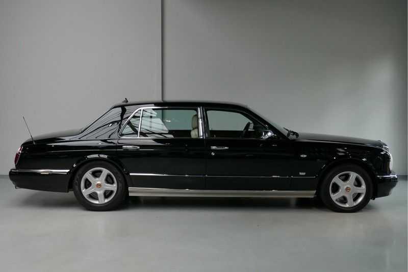 Bentley Arnage 6.8 V8 T Mulliner LWB (1 van 95 st) Youngtimer . afbeelding 4