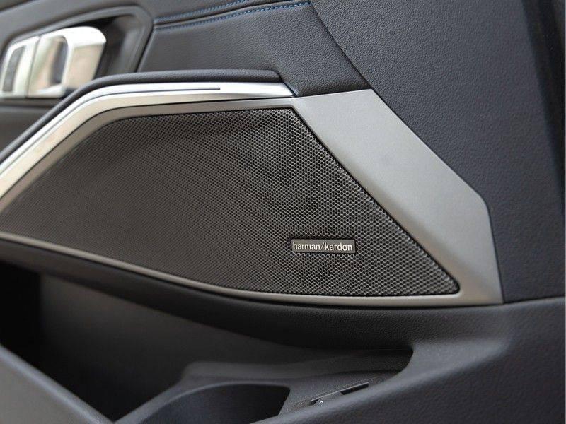 BMW 3 Serie Touring 330i M-Sport - Panorama - Trekhaak - Harman Kardon afbeelding 22