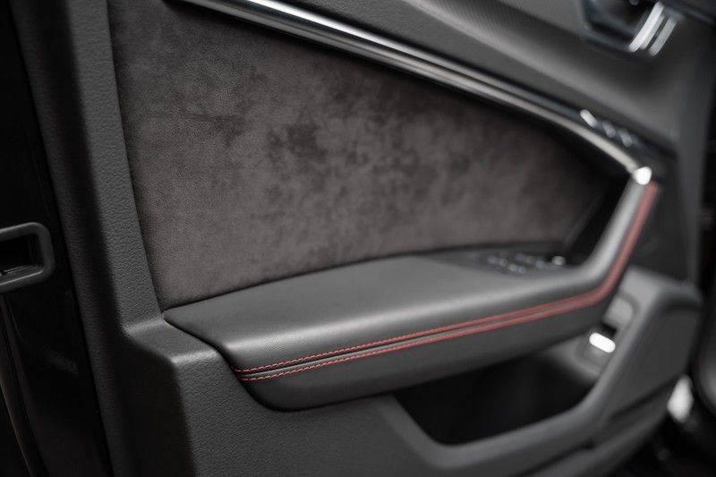 Audi A6 Avant RS 6 TFSI quattro Akrapovic B&O Panoramadak afbeelding 22