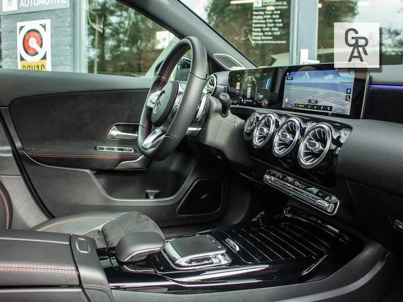 Mercedes-Benz A-Klasse A35 AMG AKRAPOVIC 4MATIC Advantage 370 PK afbeelding 9