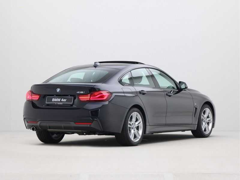 BMW 4 Serie Gran Coupé 418i Executive Edition afbeelding 2