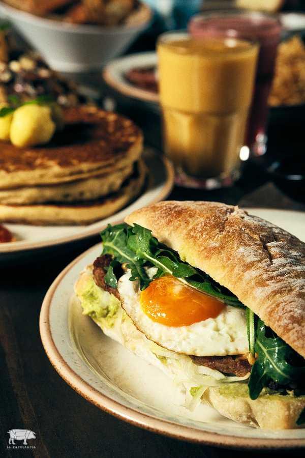 Imagen de Sausage & Egg Sandwich
