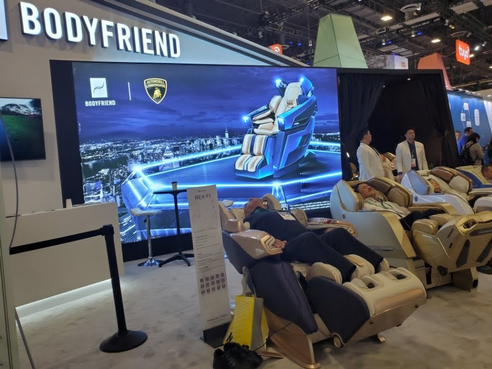 BODYFRIEND display at the 2019 Consumer Electronics Show