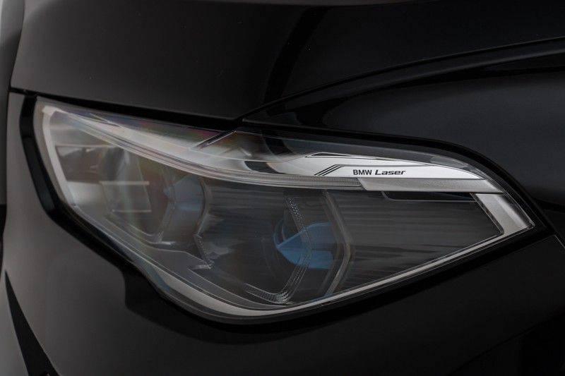 "BMW X5 M40i xDrive 340pk Panoramadak VirtualCockpit ShadowLine Sportleder+Memory Head-Up HarmanKardon Luchtvering Laserlicht AmbientLight Keyless Sportuitlaat 22"" 360Camera ParkAssist Pdc afbeelding 5"