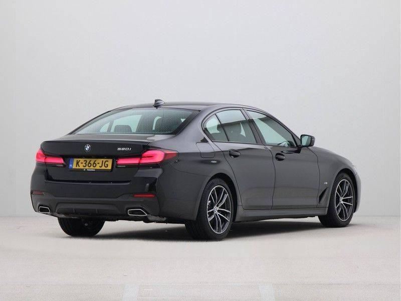 BMW 5 Serie Sedan 520i High Executive M-Sport Automaat afbeelding 9